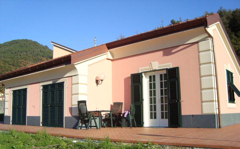 Serramenti legno - persiane facciata